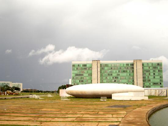 Brasilia: buildings as objects of modern art sitting on pristine platforms